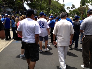 Dodger fans walking in to Dodger Stadium
